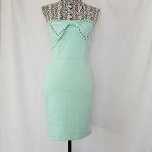 papaya size Large mint green strapless bow dress